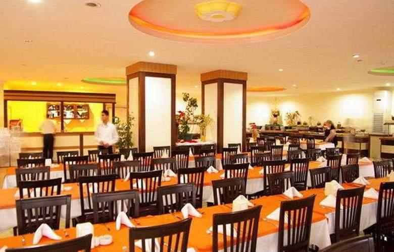 Lims Bona Dea Beach Hotel - Restaurant - 9
