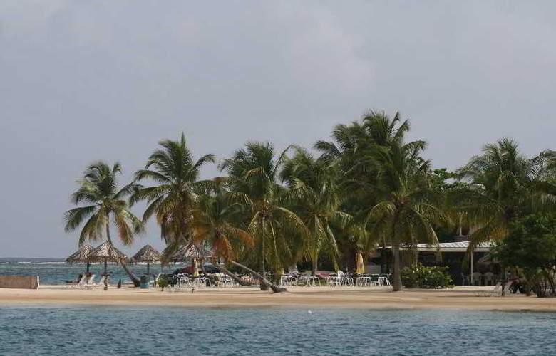 On The Cay - Beach - 15