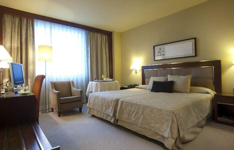 Nuevo Madrid - Room - 17