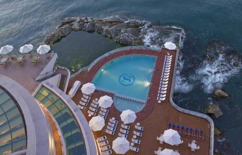 Sheraton Miramar Hotel & Convention Center - Pool - 6