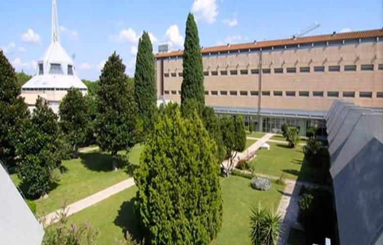 Villa Eur - Hotel - 0