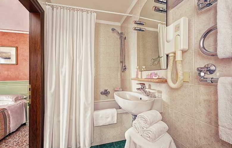Firenze - Room - 9