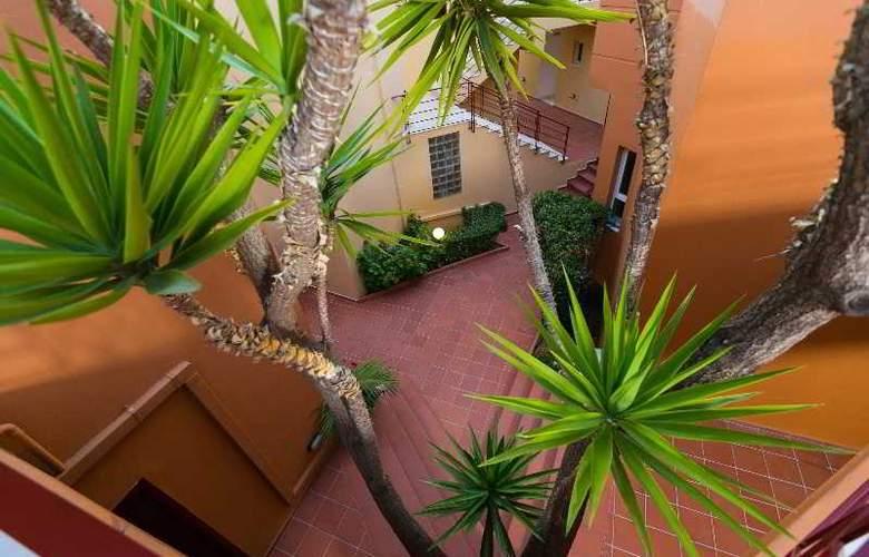 Elotia Hotel - Terrace - 24