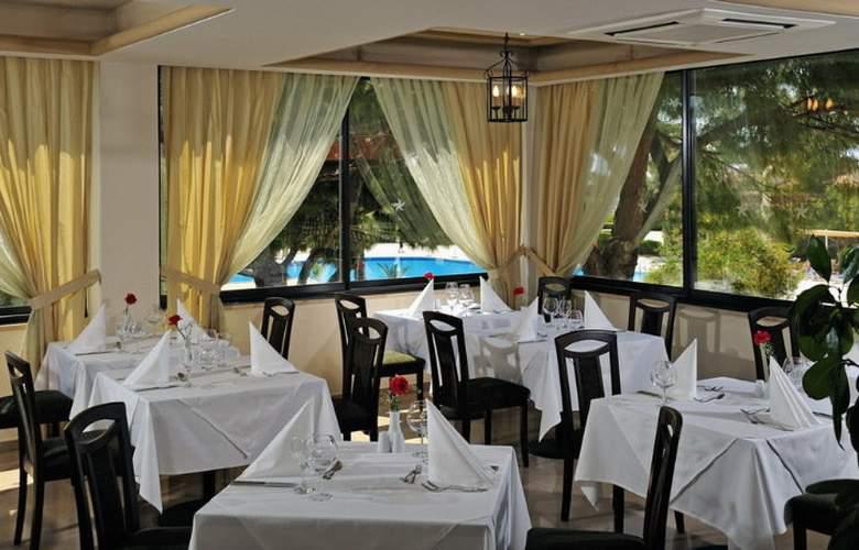 Hotel Bellis - Restaurant - 12