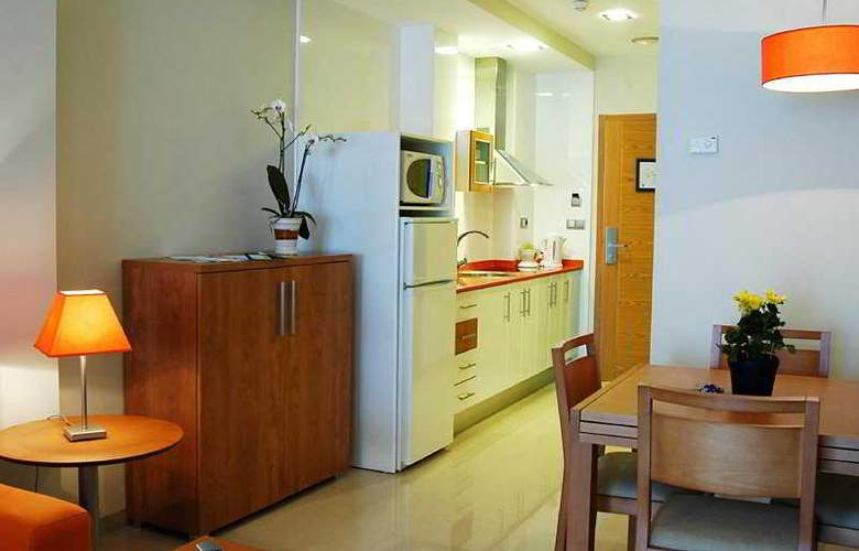 Aparthotel Bahía - Room - 5