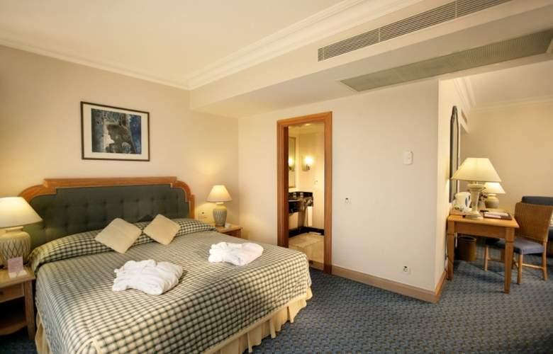Fantasia Hotel Deluxe Kemer - Room - 3