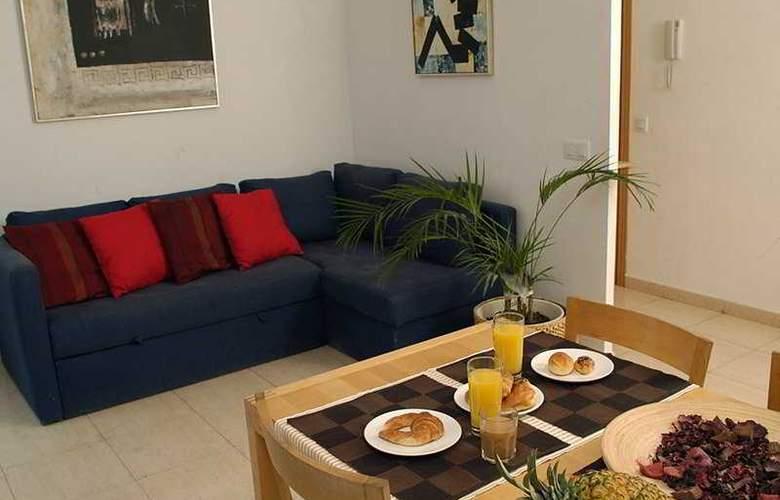 Las Ramblas Apartments I - Room - 2