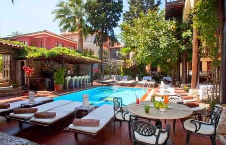 Alp Pasa Hotel - Pool - 41