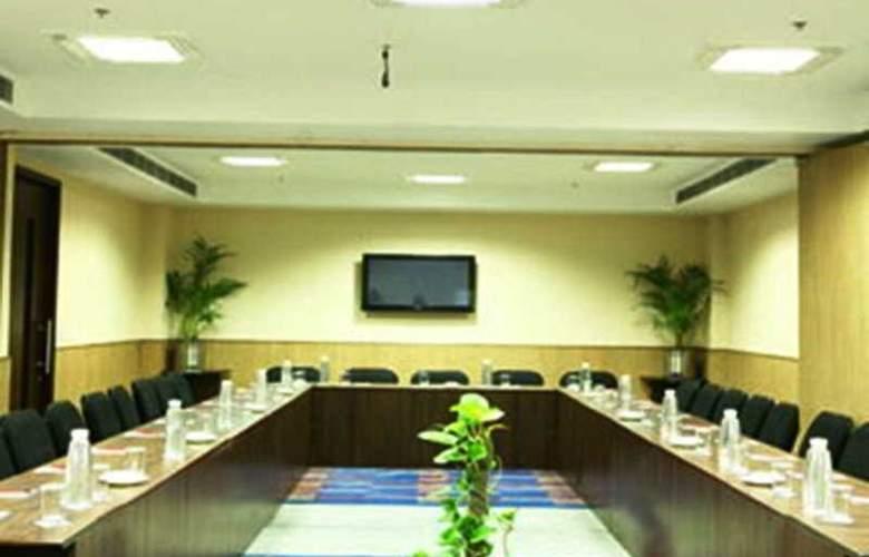 Clarks Inn Lajpat Nagar - Conference - 3