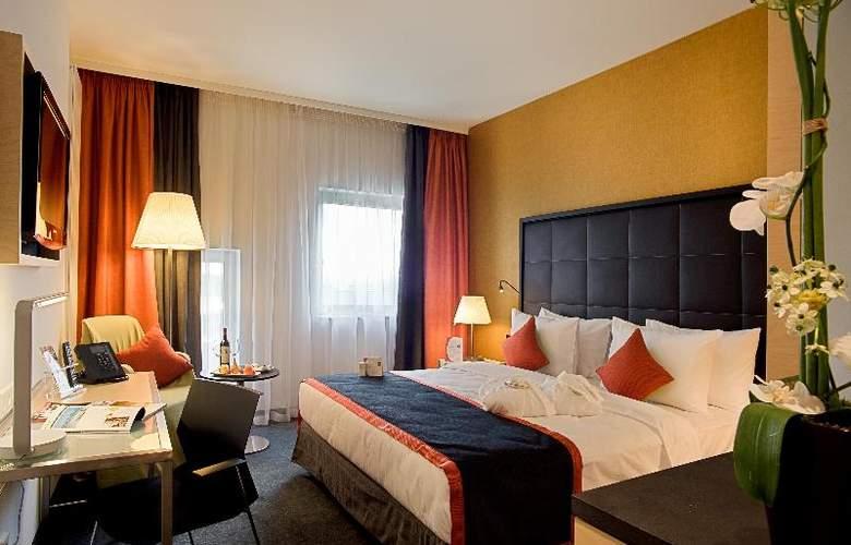 Crowne Plaza St. Petersburg Airport - Room - 6