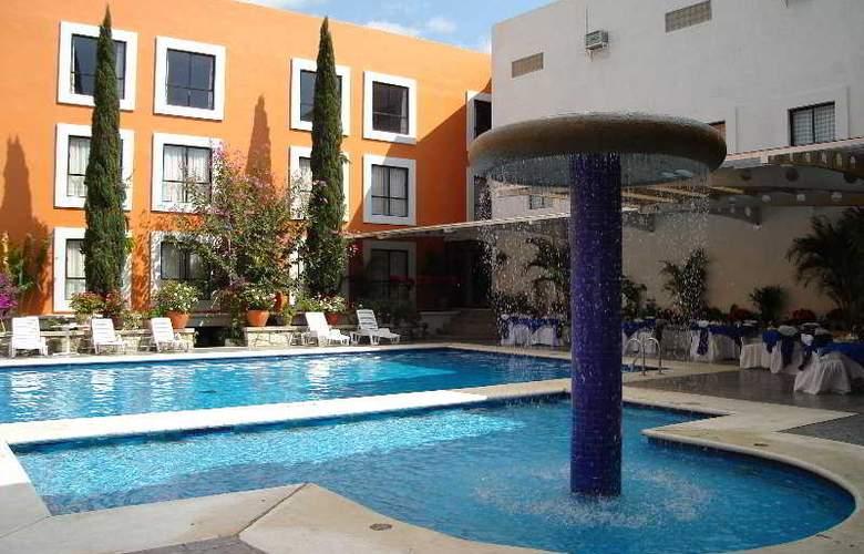 Oaxaca Dorado - Pool - 2