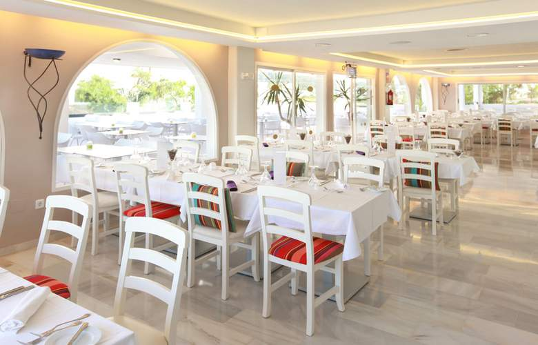 Fergus Style Bahamas - Restaurant - 16
