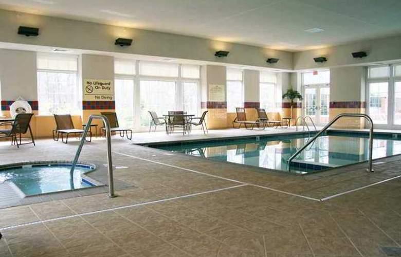 Hampton Inn & Suites Williamsburg-Central - Hotel - 2
