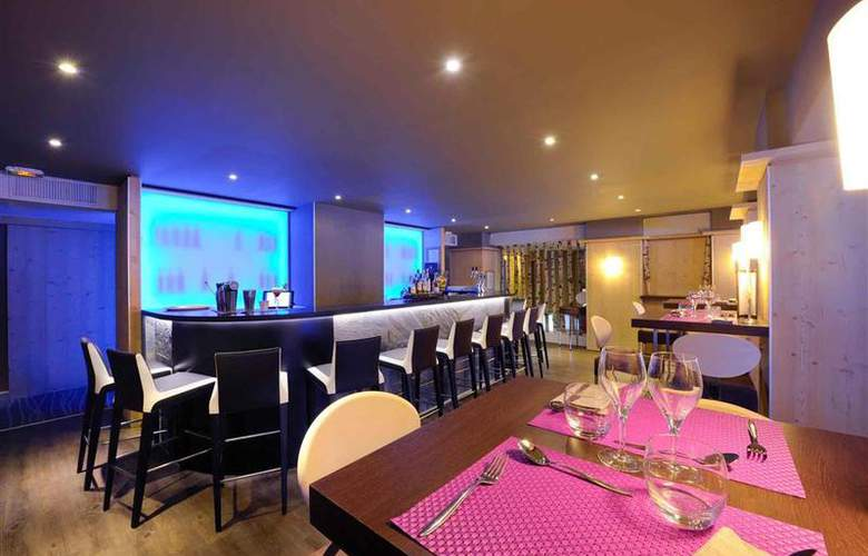 Mercure Chamonix Centre - Bar - 59