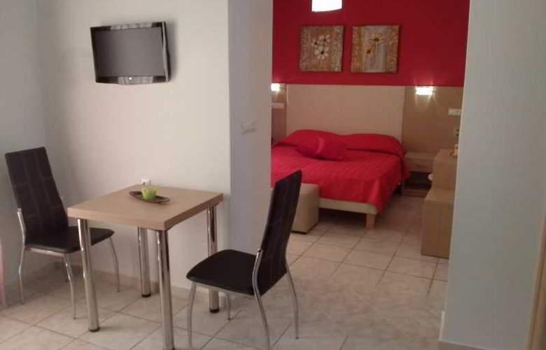 Voula - Room - 2