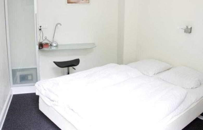 Ydes Hotel - Room - 0