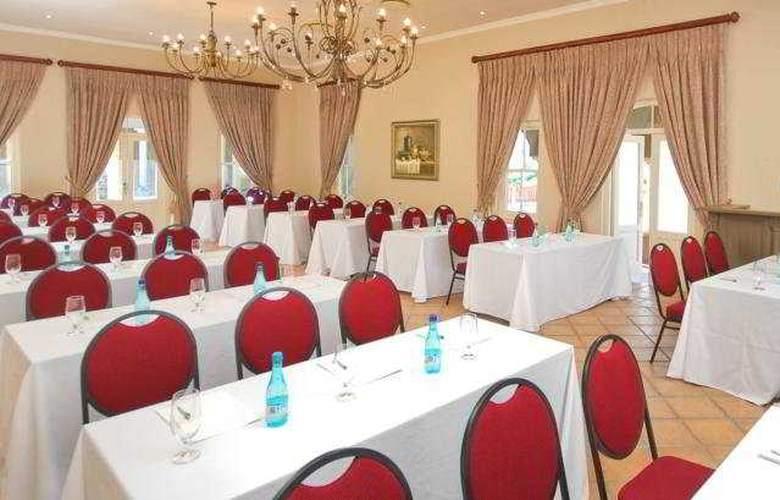 L'Ermitage Franschhoek Chateau & Villas - Conference - 4