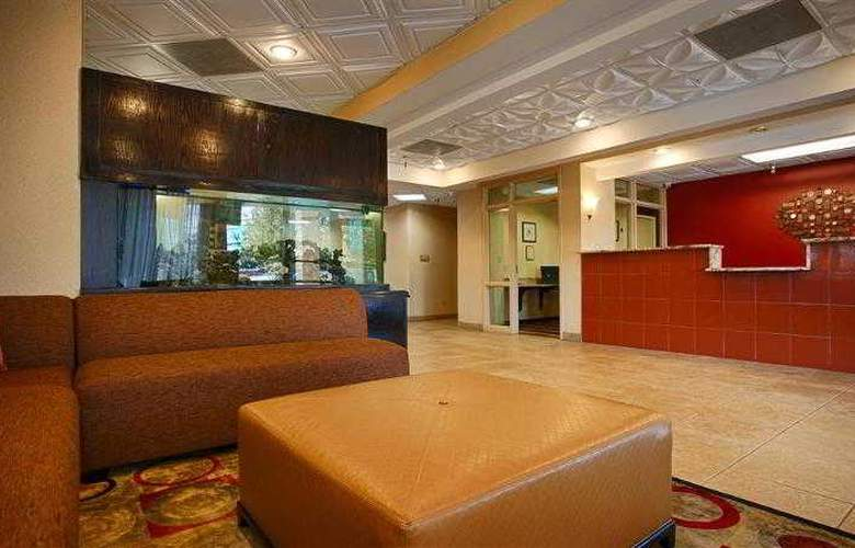Best Western Knoxville - Hotel - 37