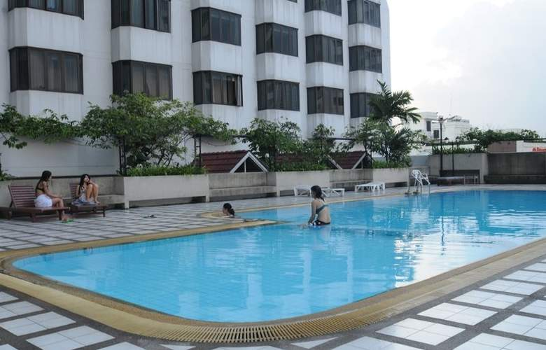 Omni Tower Serviced Residences - Pool - 9