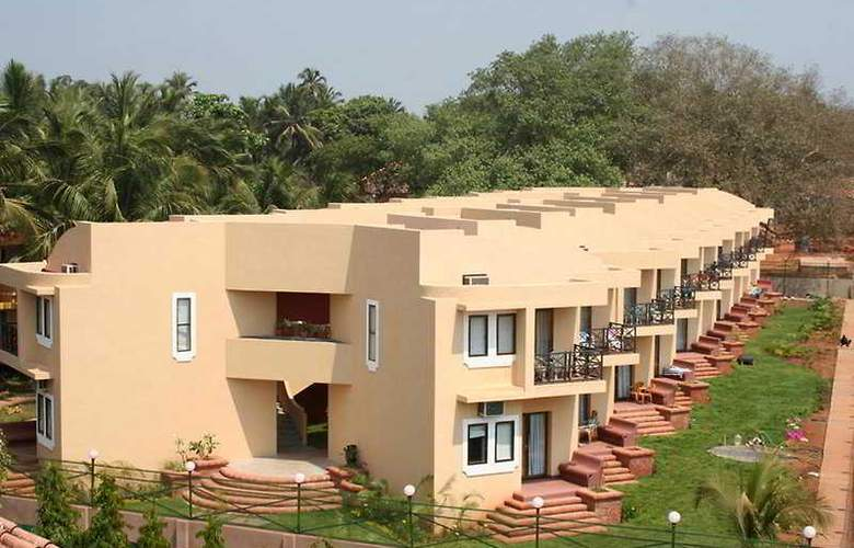 Whispering Palms Beach Resort - General - 0
