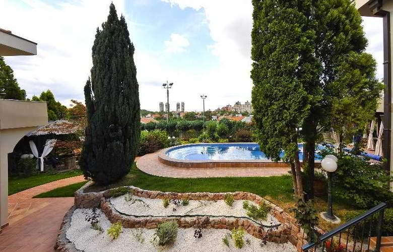 Villa Saga Paradiso - Hotel - 12