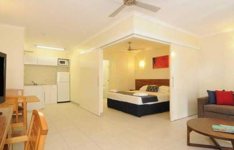Cairns Queenslander Apartments - Room - 7