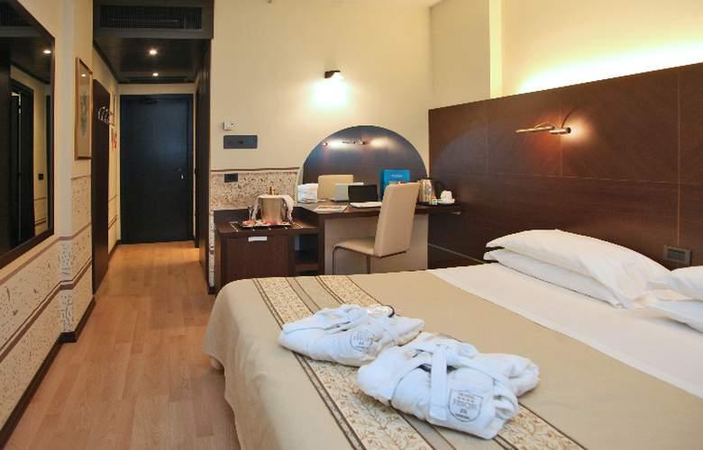 Saccardi Quadrante Europa - Room - 2