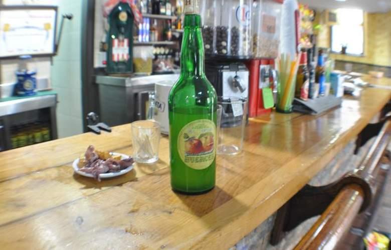 Hotel Restaurante La Casona de Jovellanos - Bar - 2