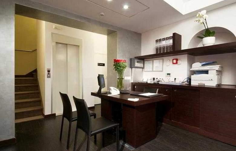 Rinascimento - Hotel - 0