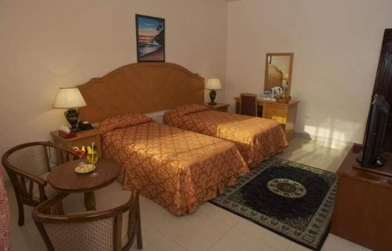 Safeer Hotel Suites - Room - 2