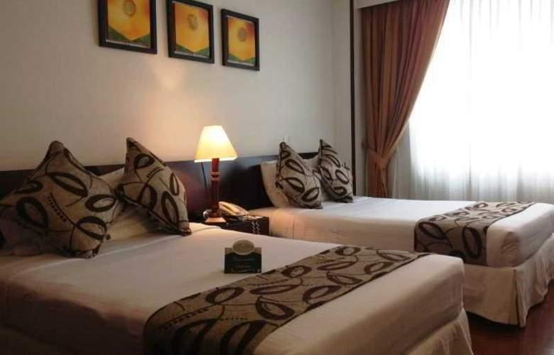 Hotel Platinum Suite - Room - 9