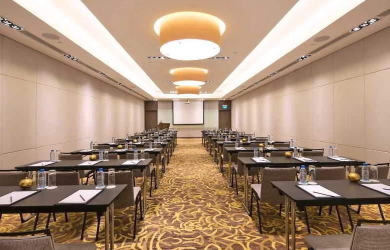 Eastin Grand Hotel Saigon - Conference - 16