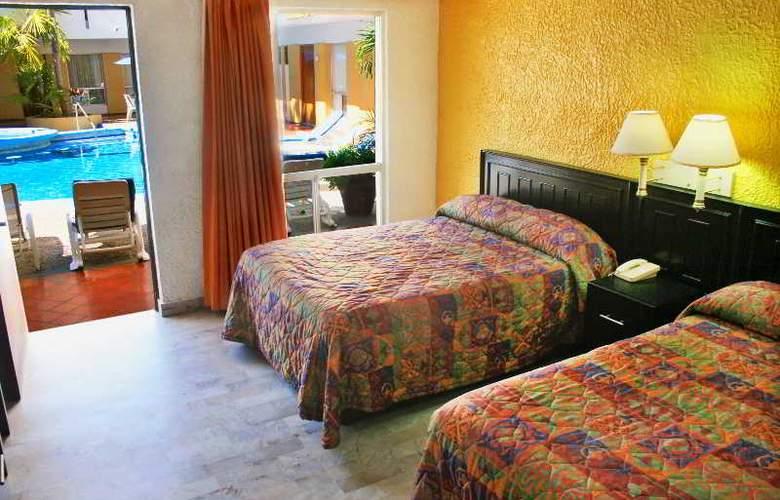 Azteca Inn - Room - 8