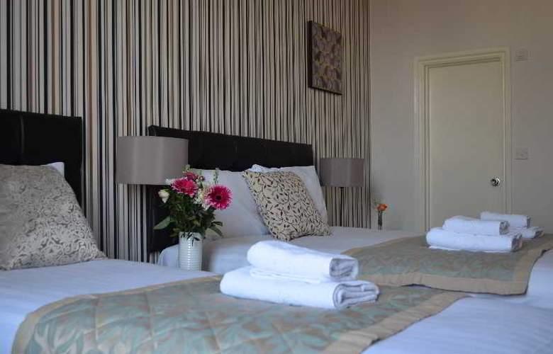 1 Lexham Gardens - Room - 15