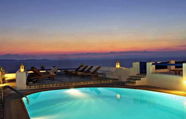 Paolas Beach - Pool - 2