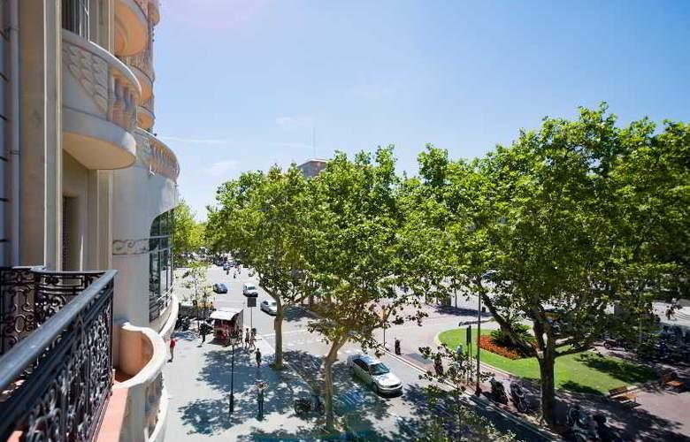 Barcelona Suites - Hotel - 13