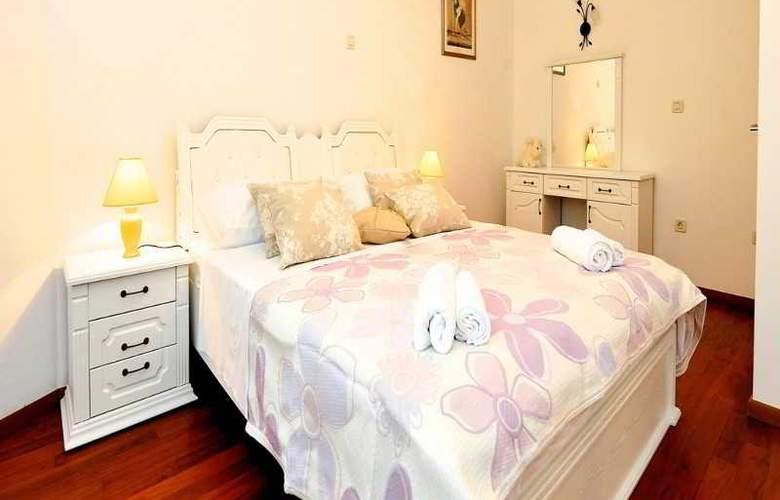 Apartments Renata - Room - 10