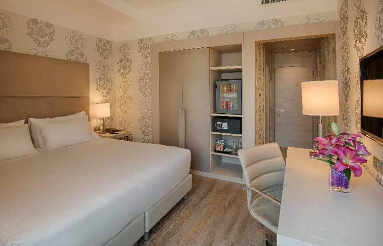 NH Firenze - Room - 16