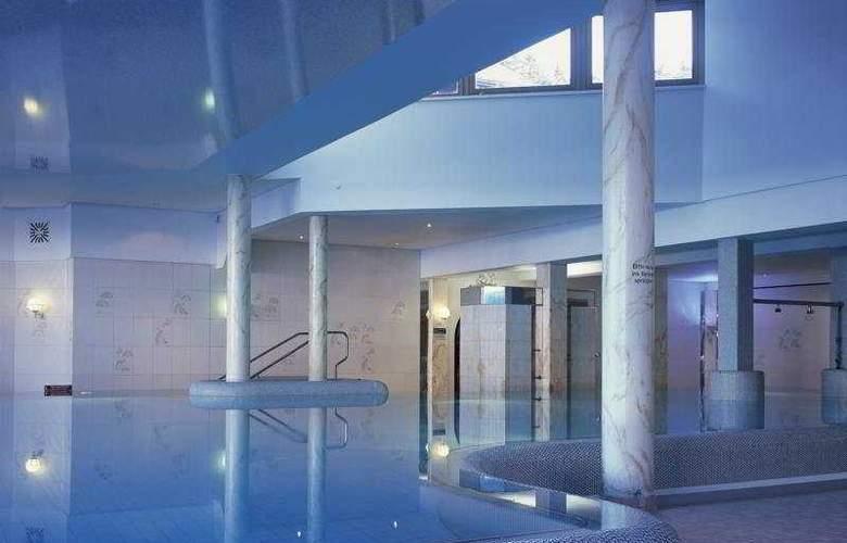 Familotel Feldberger Hof - Pool - 3