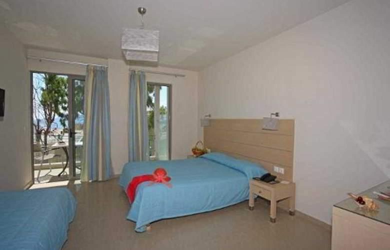 Corissia Beach - Room - 7