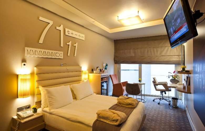 The Peak - Room - 25