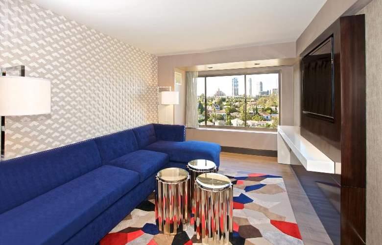 Beverly Hills Marriott - Room - 24