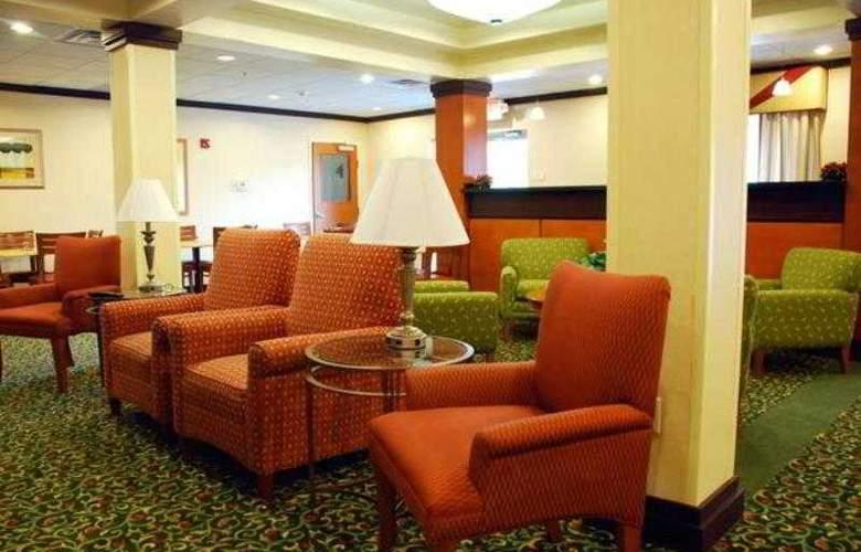 Fairfield Inn & Suites Hinesville Fort Stewart - Hotel - 1