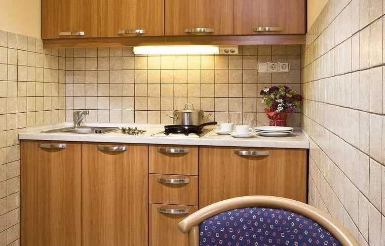 Jagello Hotel - Room - 5