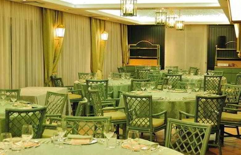 Perugia Plaza - Restaurant - 16