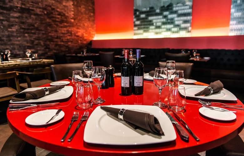 Royalton Riviera Cancun - Restaurant - 15