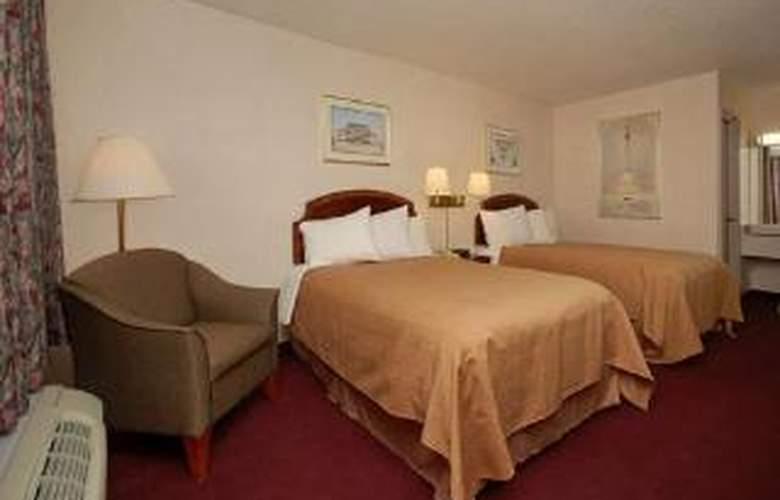 Quality Inn - Room - 5