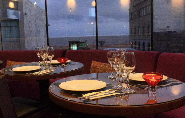 Axsur Design Hotel - Restaurant - 12