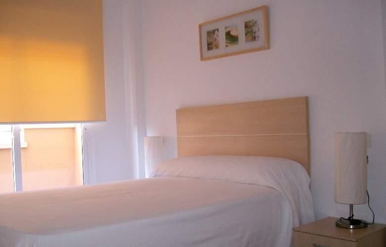 Apartamentos Costamar - Room - 3