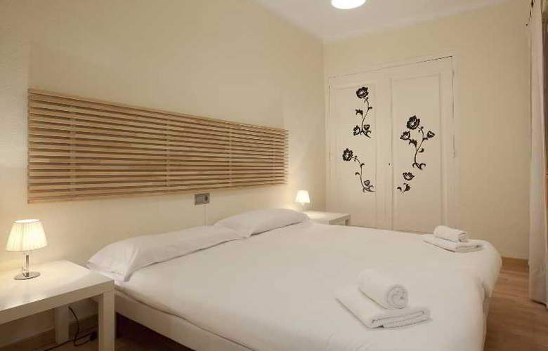 Suite Home Barcelona - Room - 4